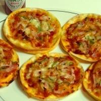 餃子の皮のおつまみピザ