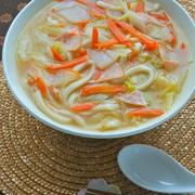 白菜たっぷり〜使い切り!生姜でぽかぽか白菜とハムのとろみ生姜うどん。