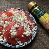 トマトとカッテージチーズのカプレーゼ風