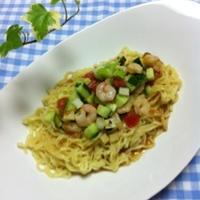 アボカドと海老のサッパリマリネ涼麺(レシピモニター)