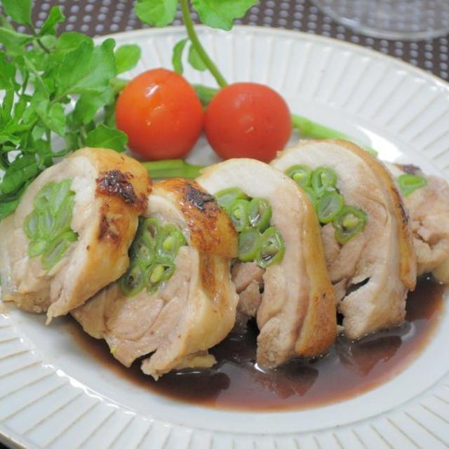 30分でできるスピード料理:インゲンの鶏肉巻き赤ワインソース添え