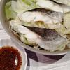 七味でピリ辛つけダレが決めて!野菜と塩たらの蒸し鍋