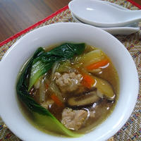 鶏挽肉&野菜の中華スープ