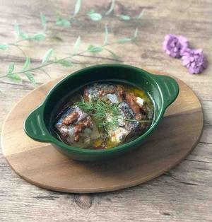【レシピ】さばの味噌煮缶で簡単アヒージョ