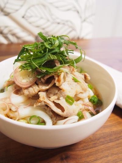 【夏に食べたい!さっぱり!豚バラ梅肉炒めの冷やしうどん!】