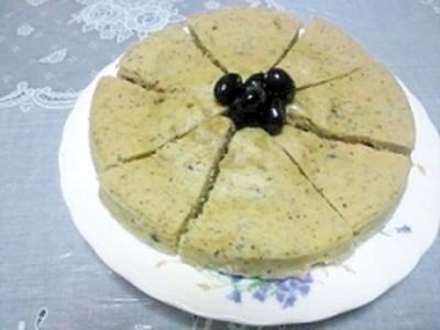 黒豆とホットケーキミックスで簡単蒸しケーキ