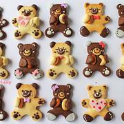 ナッツを抱っこ練乳くまさんクッキー☆ホワイトデーお菓子