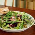 レッドビーツとキヌアのスーパーサラダ