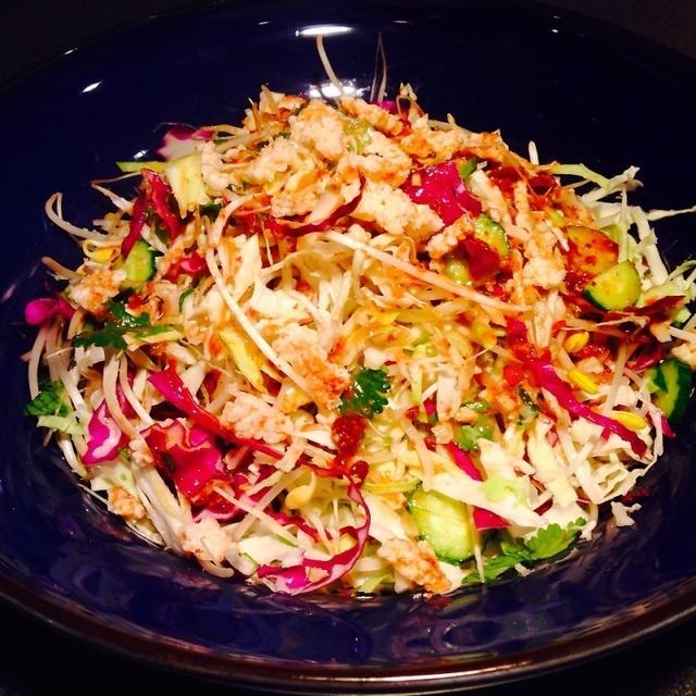 ヤムウンセン風春キャベツのサラダ