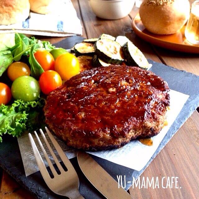 ハンバーグステーキ〜照り焼きカレーソース〜&つるりん♡ほうじ茶ミルクゼリーレシピ。謎のリムジン(笑)