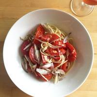 【レシピブログ】トマトのパスタ ジンジャー風味 × 北海道の辛口ロゼ