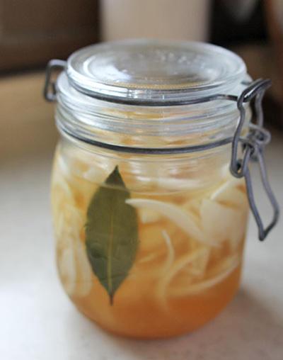 話題の酢玉ねぎとオリーブのピクルスレシピ | 萩野菜ピクルス