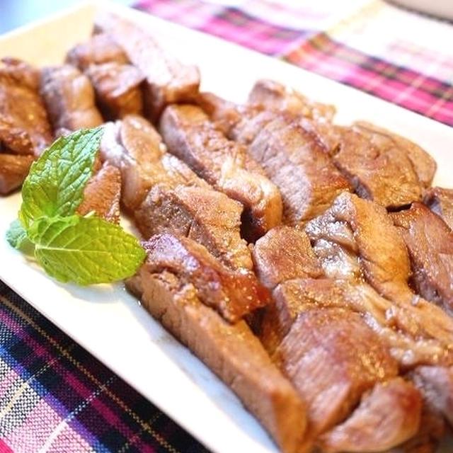 ちょっと甘めで子供が喜ぶ♪豚カツ用ヒレ肉でトンテキ