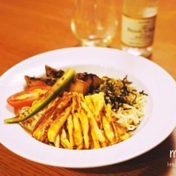 夏野菜のお浸し乗っけの冷やし中華と鶏天で、簡単お家ランチ