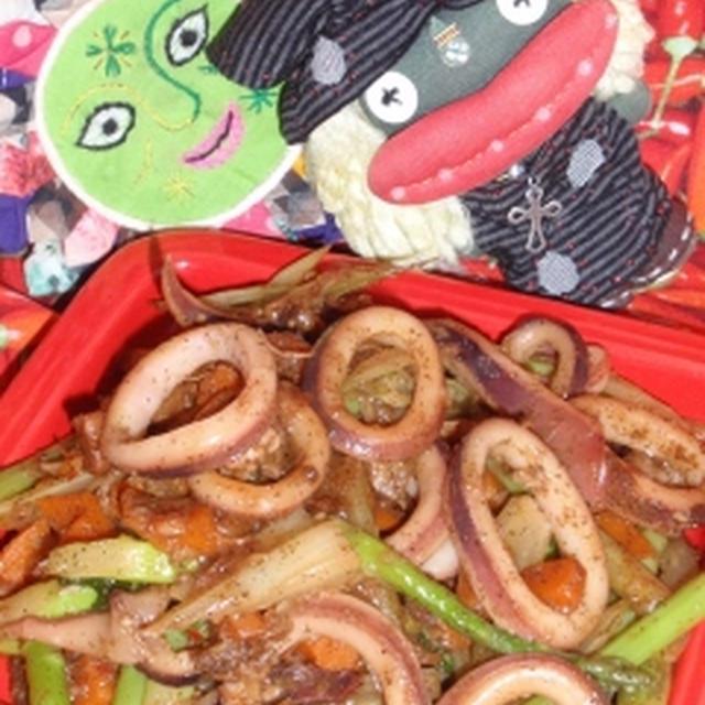 イカとグリーンアスパラのXO醤炒め&もやしの中華風新生姜サラダ(お家カフェ)