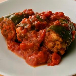 うまみがぎゅっ!「野菜の肉詰め煮」レシピ5選