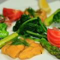 うに、タイのカルパッチョ 春野菜サラダ仕立て