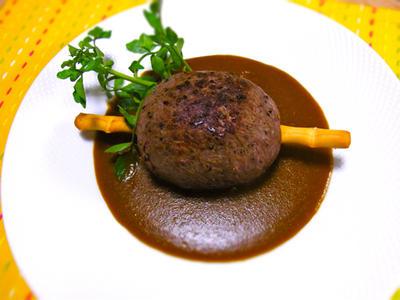 原始時代の骨付き肉カレー