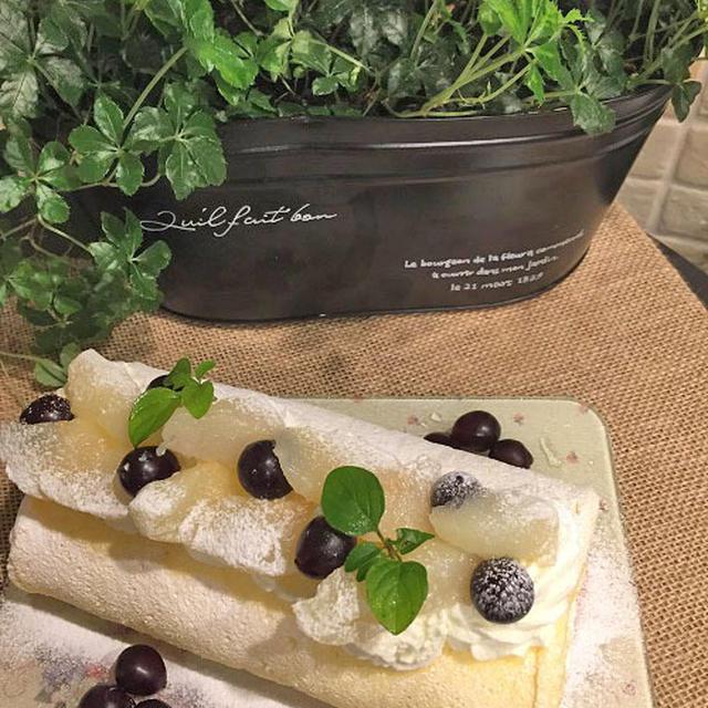 ラ・フランスでノンオイルシフォン生地のロールケーキです