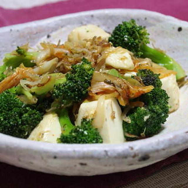 13/03/16 ブロッコリーと豆腐とキムチの塩炒め