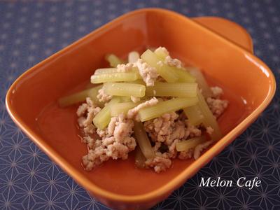 >【野菜レシピ】簡単でおいしい和食♪ふきの鶏そぼろ煮☆夢農家のお野菜で作ってみました! by めろんぱんママさん