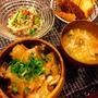 揚げと玉ねぎ丼/初のコンビーフ
