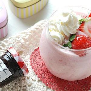ひんやりおいしい♪冷凍フルーツで冷たいドリンクを作ろう!