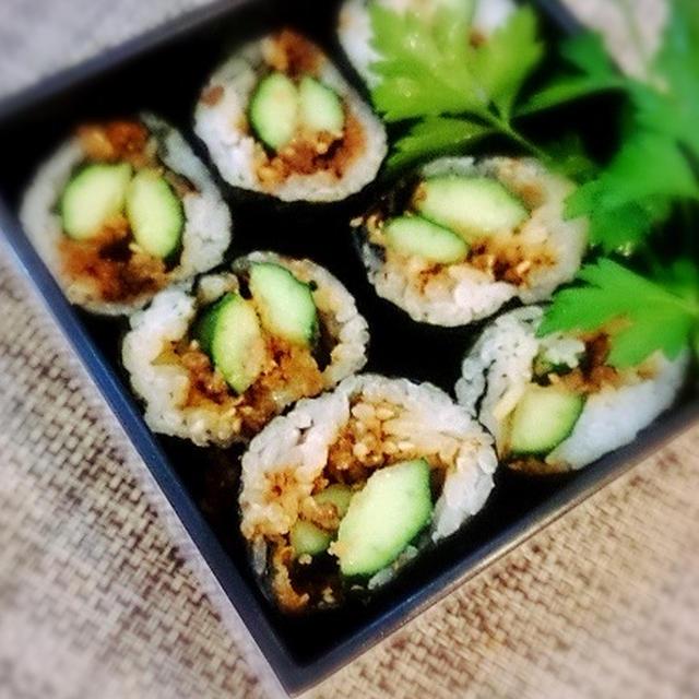 そぼろふりかけを使った巻き寿司