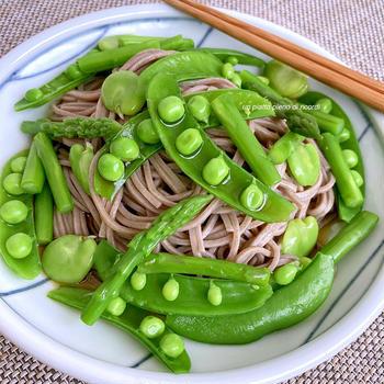 おうち時間におすすめ オリーブオイル風味の春野菜そば