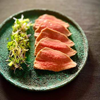 阿蘇のあか牛・草原牛「やまゆり」大切にお料理させて頂いています