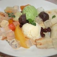みつ豆と2色アイスクリームのせナン!おうちでカフェ!!