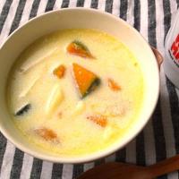 カボチャとマカロニのミルクスープ