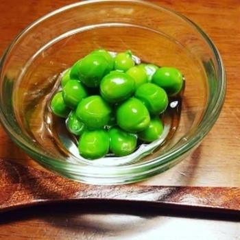 きのうのおつまみ  えんどう豆の翡翠煮