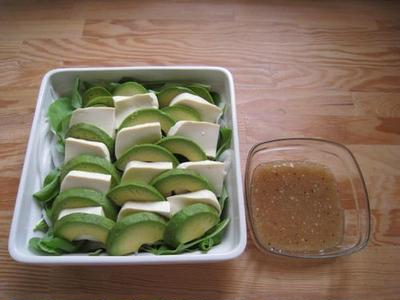 アボガドと絹ごしのカルパッチョ風サラダ