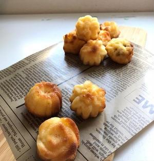 【手作りお菓子】パパさん絶賛!可愛いお花の型で☆一口サイズの☆レモンヨーグルトのお花ケーキ