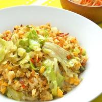 簡単晩ご飯!ガラムマサラでスパイシーレタス炒飯と昨日の作り置きエスニック風ナムル。