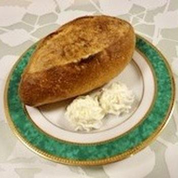 おもてなしに♡パンに添えるホイップチーズ