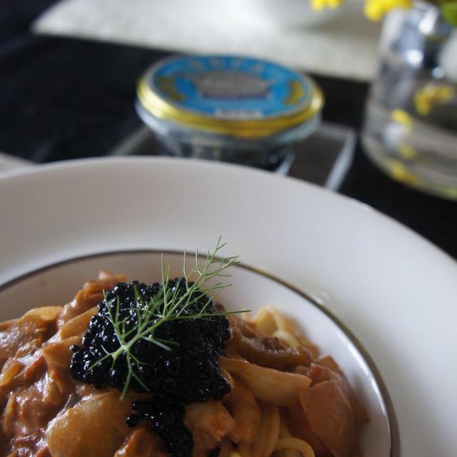 キャビアと海老のトマトクリームパスタ。グレフルのふるふるジュレ(レシピ付)マグロのハーブソテー。