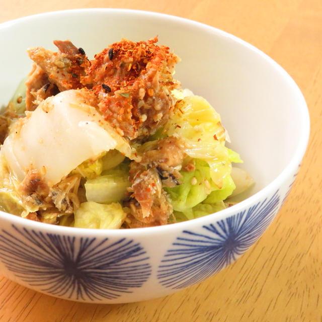 簡単☆白菜とサバ缶のピリ辛七味ごま和え