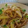 セロリと蕎麦の胡麻サラダ