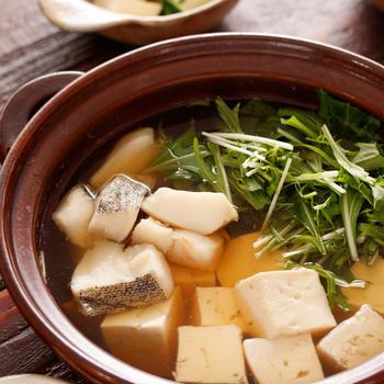 たらと水菜のうまだし湯豆腐【#まるで旅館の朝ごはん #つゆまで美味しい #ヘルシー #風邪ひきさんに #胃腸にやさしい #ダイエット #献立 #主菜】