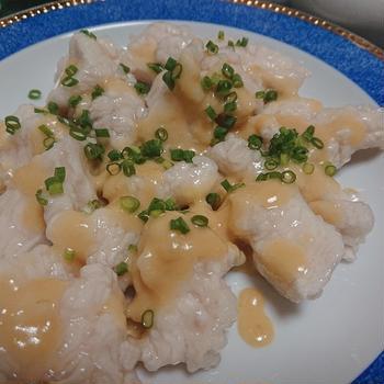 鶏水晶の味噌わさびソース