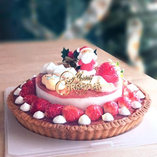 おもてなしケーキ。苺のチーズクリームタルト。