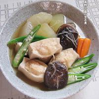 冷たく冷やして【冬瓜と高野豆腐の含め煮】