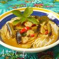 カオソーイ タイのレッドカレー麺