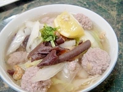 すっぱ辛旨☆柔らか白菜と肉団子の春雨スープ