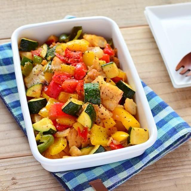 パスタアレンジもできる。タラと彩り野菜のガーリックソテー