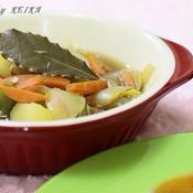 半端野菜のローリエ煮込み