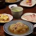 大根の鶏そぼろ煮 と 白菜の塩煮。