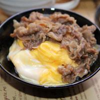 すき屋の牛丼deふわふわ卵の牛あんかけ丼(モニターレシピ)